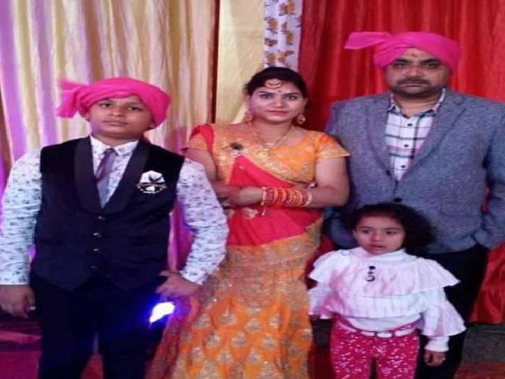 तीन माह पहले एक दवा व्यापारी ने परेशान होकर परिवार सहित लगा ली थी फांसी, अब गैंगस्टर एक्ट के तहत होगी कार्रवाई|शाहजहांपुर,Shahjahanpur - Dainik Bhaskar