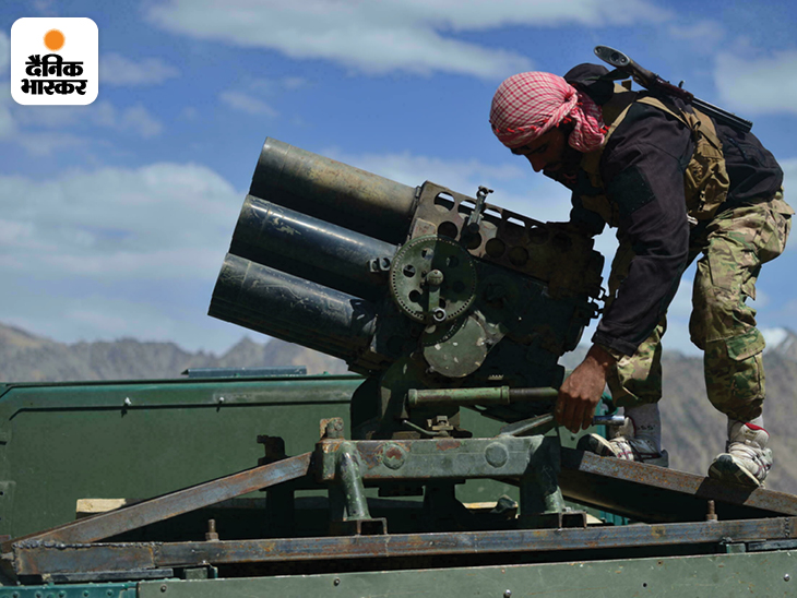 पंजशीर में नेशनल रेसिसटेंस फ्रंट (NRF) के पास सोवियत हथियार हैं। दरअसल, यह पूरी घाटी पहले सोवियत सेना और बाद में तालिबान को जबरदस्त सैन्य टक्कर देने के लिए मशहूर है।