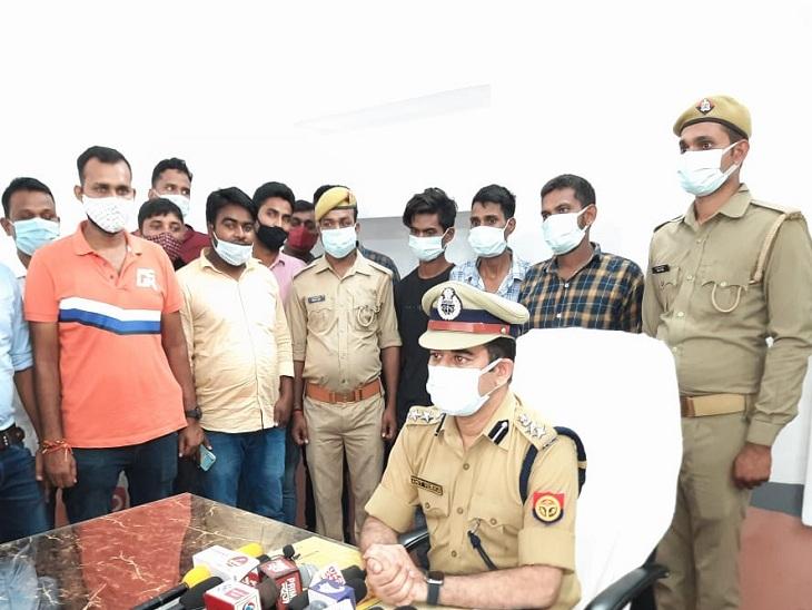 वाराणसी में वॉचमैन की हत्या का सर्विलांस की मदद से 7 दिन बाद खुलासा, 3 आरोपी गिरफ्तार; सभी साथ बैठ कर पिए थे शराब|वाराणसी,Varanasi - Dainik Bhaskar