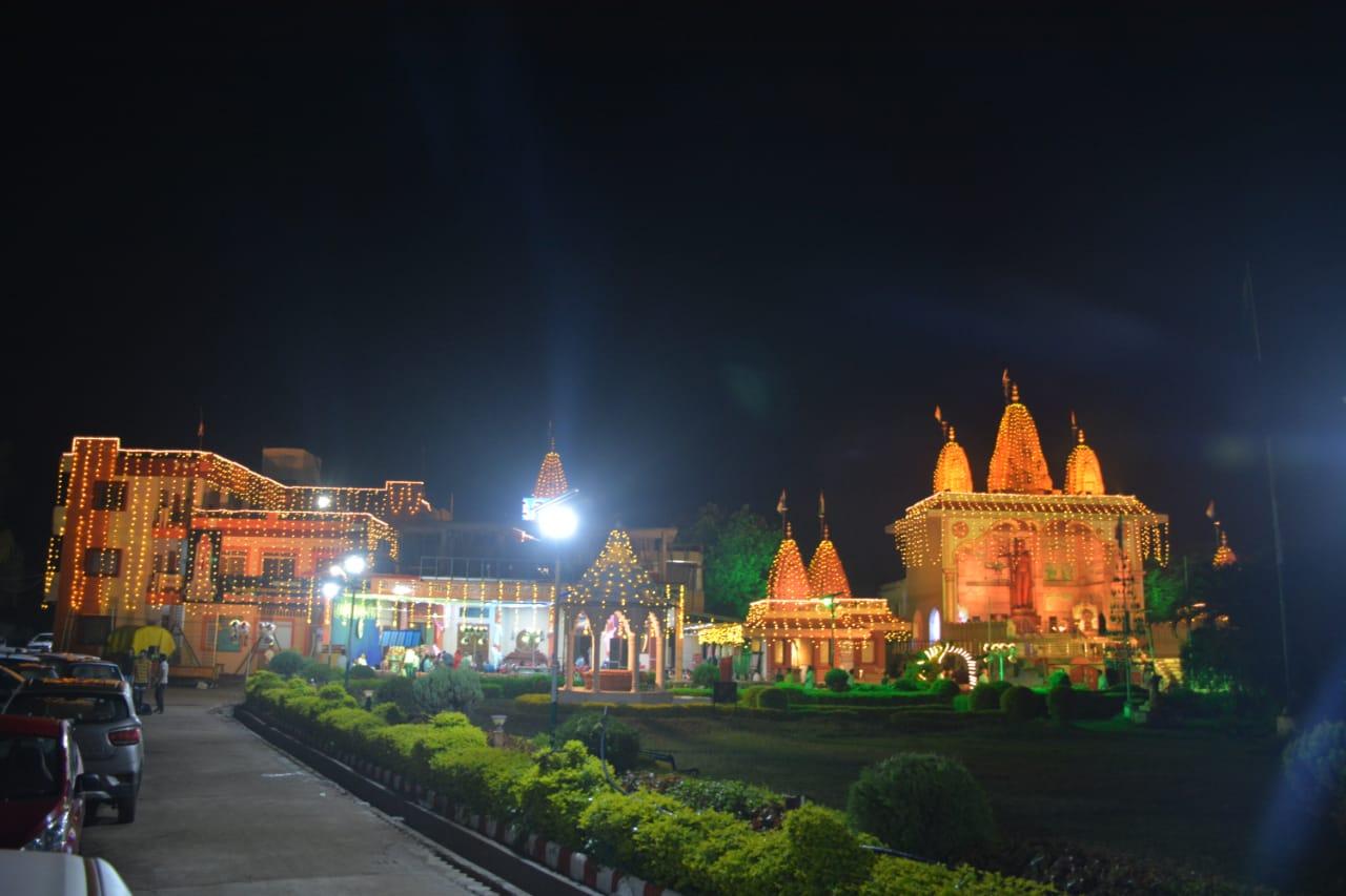 उज्जैन में जगमगाई तपोभूमि, जिनालय सजे, 16 को धूप दशमी व 21 सितंबर को क्षमावाणी उज्जैन,Ujjain - Dainik Bhaskar