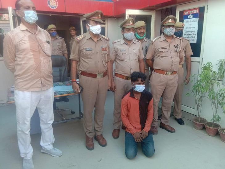 वाराणसी में जुआ खेलने के दौरान ट्रॉली चालक ने दी थी गाली, नशे में हुआ था झगड़ा; दोस्त ने चाकू घोप कर मार डाला था|वाराणसी,Varanasi - Dainik Bhaskar