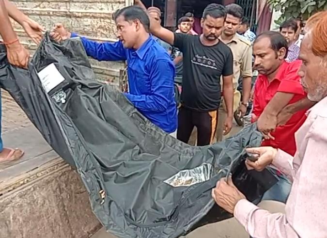 पड़ोसी ने शौचालय बनाने का किया था विरोध, गला दबाकर वृद्धा को मारा, जमीन को लेकर चल रहा था पड़ोसी से विवाद|उन्नाव,Unnao - Dainik Bhaskar