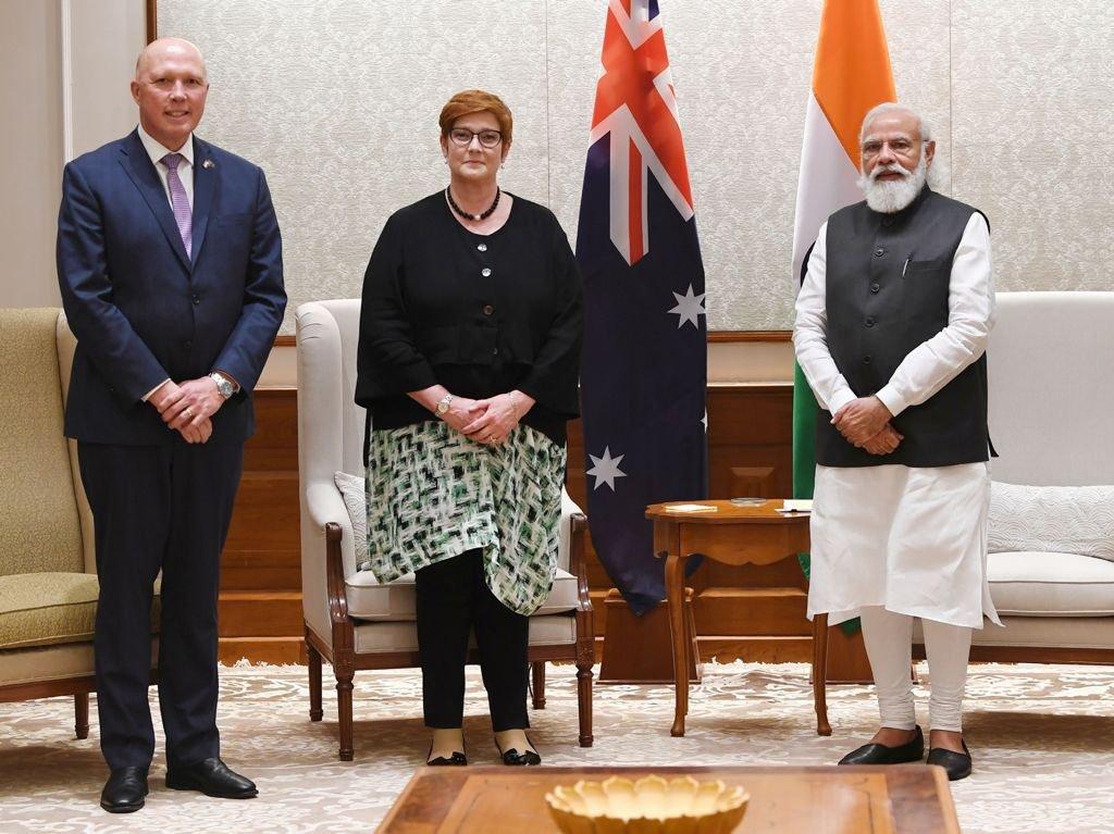 ऑस्ट्रेलिया के रक्षा मंत्री पीटर ड्यूटन और विदेश मंत्री मेरी पायने ने प्रधानमंत्री नरेंद्र मोदी से भी मुलाकात की।