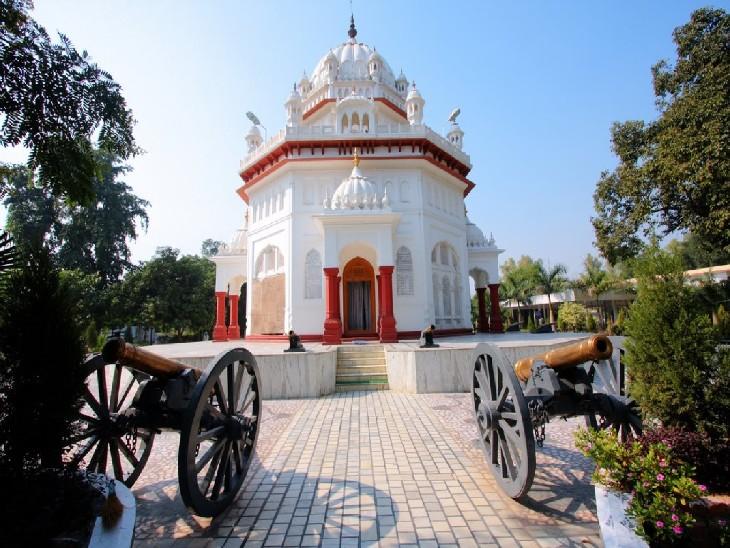 सारागढ़ी के सैनिकों की याद में अमृतसर में बनाया गया गुरुद्वारा।