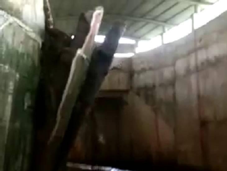 3 साल पहले बनी थी, बचा बड़ा हादसा; ट्रेनों को स्पीड कम कर कॉशन देकर निकाला जा रहा है|बांदा,Banda - Dainik Bhaskar