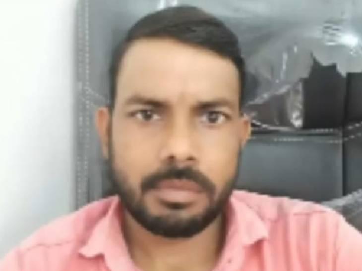 तेज रफ्तार वाहन ने बाइक में सामने से मारी टक्कर, राहगीर ने शव देखकर पुलिस को सूचना दी|देवरिया,Deoria - Dainik Bhaskar