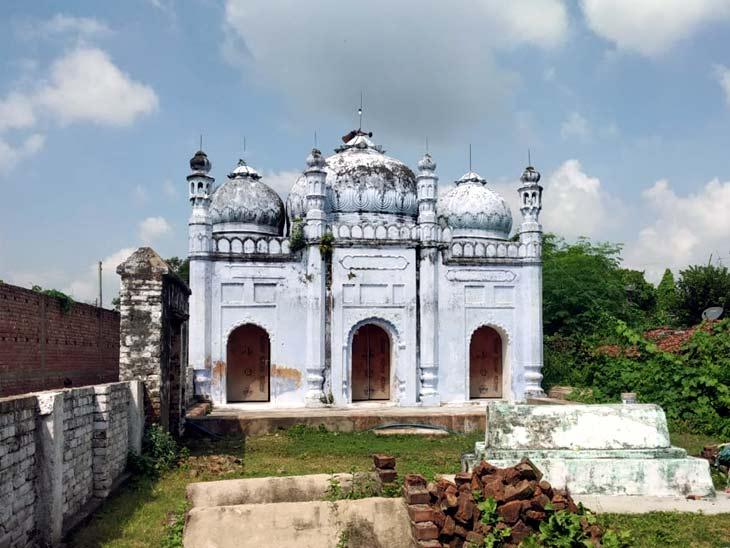 नालंदा के माड़ी गांव में कोई मुस्लिम नहीं, पर पांचों वक्त होती है अजान; शादी में सबसे पहले मजार पर माथा टेकते हैं लोग|बिहार,Bihar - Dainik Bhaskar