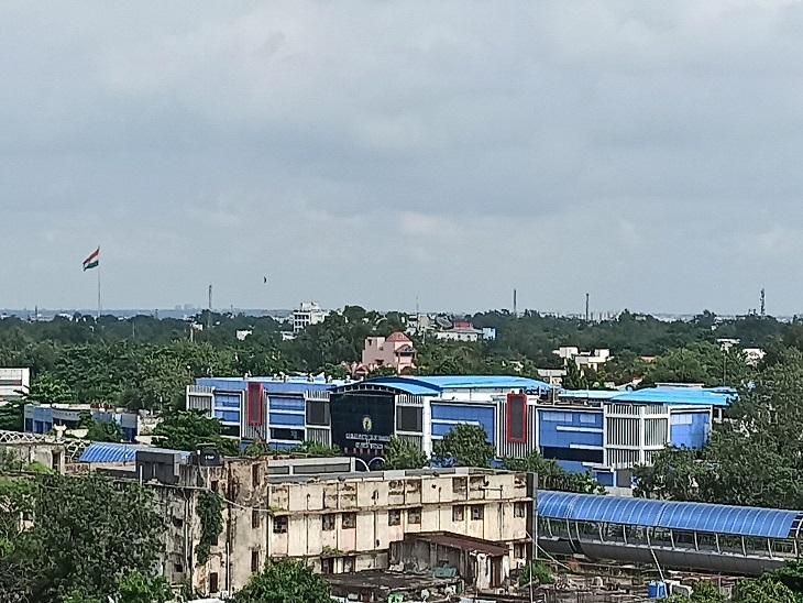 रायपुर में आज भी भारी बरसात की संभावना बनी हुई है। - Dainik Bhaskar
