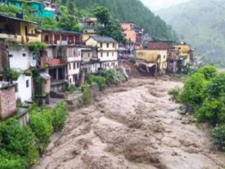 जम्मू-कश्मीर के बारामूला में बादल फटने से 3 बच्चों समेत 4 की मौत, हादसे के बाद 1 युवक लापता|देश,National - Dainik Bhaskar