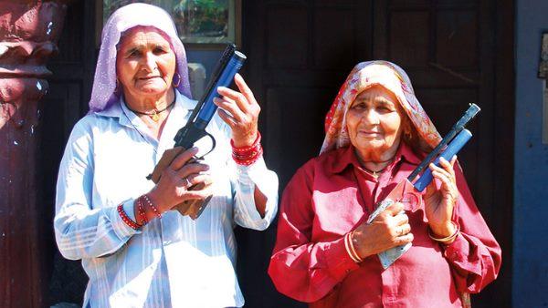 शूटर दादी स्व. चंद्रो तोमर व दादी प्रकाशी तोमर