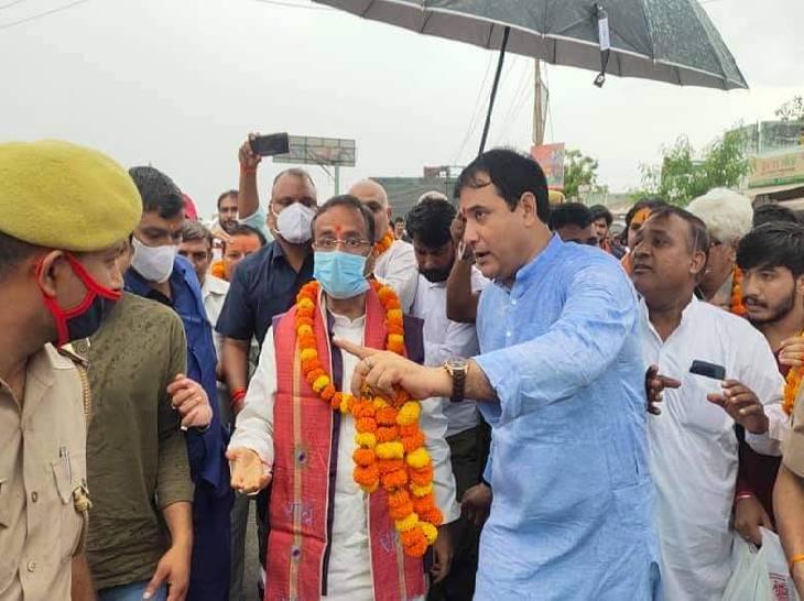 भाजपा विधायक नंदकिशोर गुर्जर बोले- नाम बदलने से आसुरी शक्तियां खत्म होंगी और रामराज्य स्थापित होगा, डिप्टी सीएम को मांग पत्र सौंपा|गाजियाबाद,Ghaziabad - Dainik Bhaskar