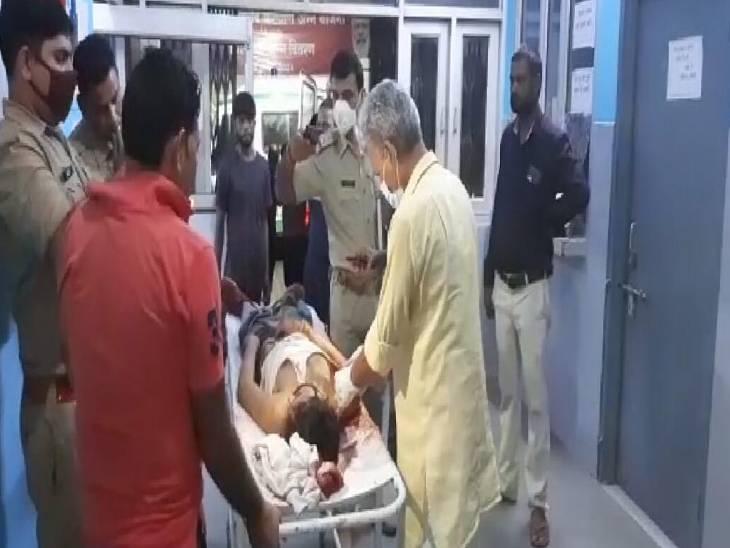 बदमाशों ने घर में घुसकर चाकू से हमला किया, पड़ोसी और दोस्त पर मुकदमा दर्ज|बागपत,Baghpat - Dainik Bhaskar