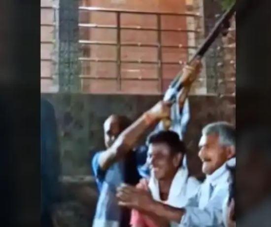 नौबतपुर इलाके में 2 दिन पहले बार बालाओं के डांस के साथ हथियारों से फायरिंग करते हुए वीडियो वायरल हुआ था।