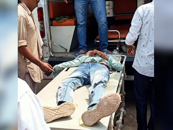 श्यारोली भैरव धाम पर दर्शन करने जा रहे थे,बस ने पीछे से मारी टक्कर, बेटी घायल,तीनों एक ही बाइक पर थे सवार गंगापुर सिटी,Gangapur City - Dainik Bhaskar
