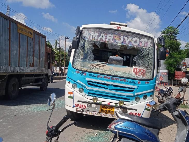 हाइवे पर बेलगाम बस ने बाइक सवार को मारी टक्कर, कांटी में तेज रफ्तार बोलेरे ने अधेड़ को ठोकर मारी|मुजफ्फरपुर,Muzaffarpur - Dainik Bhaskar