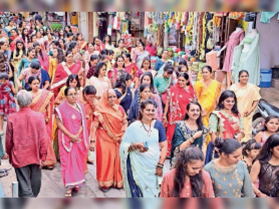 तपस्वियाें के वरघाेड़े में बड़ी संख्या में महिलाओं ने भाग लिया। - Dainik Bhaskar