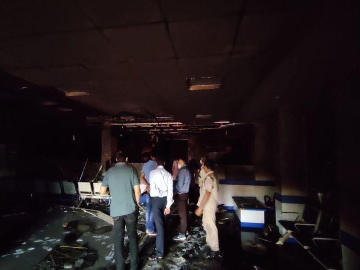 लाखों का नुकसान, फर्नीचर व कम्प्यूटर जलकर राख; केश व रिकॉर्ड सुरक्षित, दमकल ने 2 घंटे की मशक्कत के बाद पाया काबू|अजमेर,Ajmer - Dainik Bhaskar