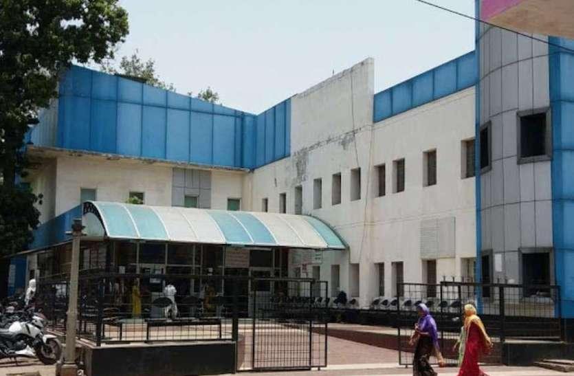 शहर के सरकारी अस्पतालों में पैथोलॉजी की सुविधा एक बार फिर शुरू, मंगलवार से एडवांस जांचे भी हो जाएगी शुरू|कानपुर,Kanpur - Dainik Bhaskar