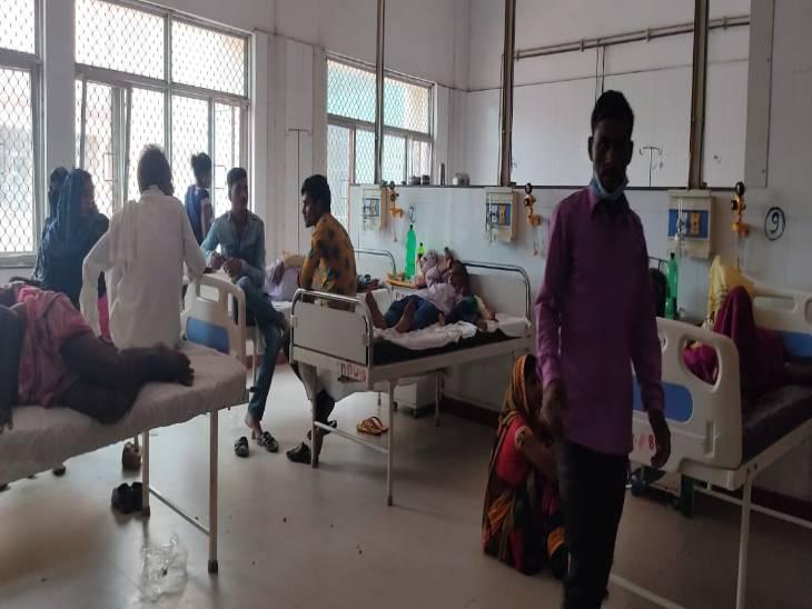 बीते 24 घंटे में 13 नए मरीज मिले, कुल मरीजों की संख्या पहुंची 74, गांव-गांव में कैंप लगाकर इलाज कर रहे डॉक्टर, अब तक 11 ने तोड़ा दम|कन्नौज,Kannauj - Dainik Bhaskar