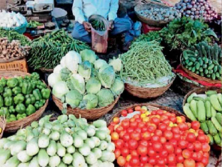मकसूदां सब्जी मंडी में लगी सब्जी की फड़ी। - Dainik Bhaskar