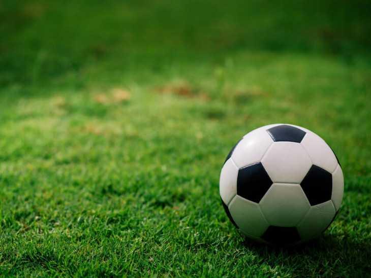 फुटबॉल ग्राउंड भी बनाया जाएगा, टेंडर में तीन कंपनियां आईं आगे ( फाइल फोटो) - Dainik Bhaskar