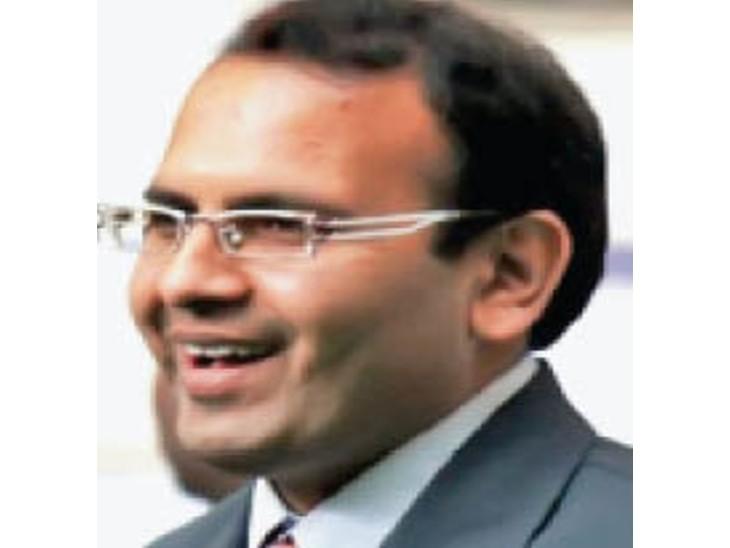 प्रो. संजय जैन। - Dainik Bhaskar