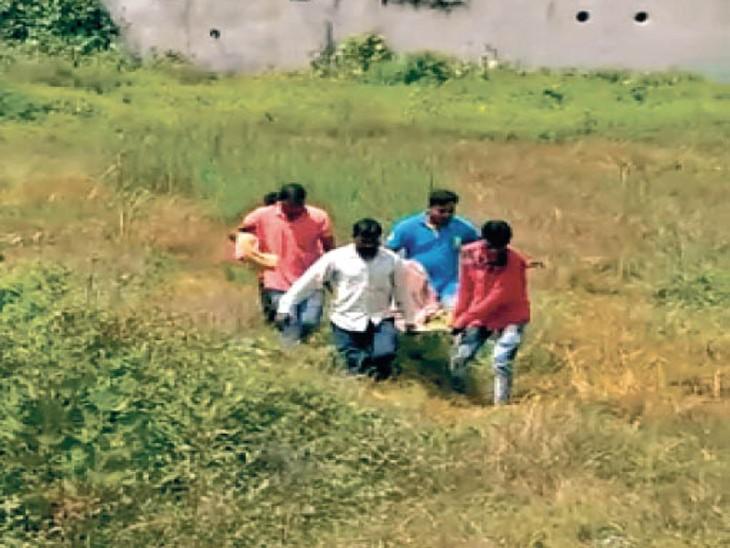 बोली-गैंगरेप हुआ, पीटा और मरा समझकर फेंक गए; महिला सिम्स में भर्ती, सीसीटीवी खंगाल रही पुलिस बिलासपुर,Bilaspur - Dainik Bhaskar