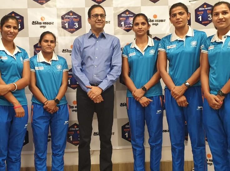 स्ट्राइकर नवनीत कौर बोली- अब हमें हमारे नाम से जाना जाता है; नेहा ने कहा- परिवार की गरीबी से आगे बढ़ने की मिली प्रेरणा|स्पोर्ट्स,Sports - Dainik Bhaskar