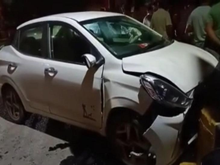 हादसे में दोनों गाड़ियां बुरी तरह क्षतिग्रस्त; इंजन टूटा और एयरबैग तक खुल गए, जानी नुकसान से बचाव रहा|जालंधर,Jalandhar - Dainik Bhaskar