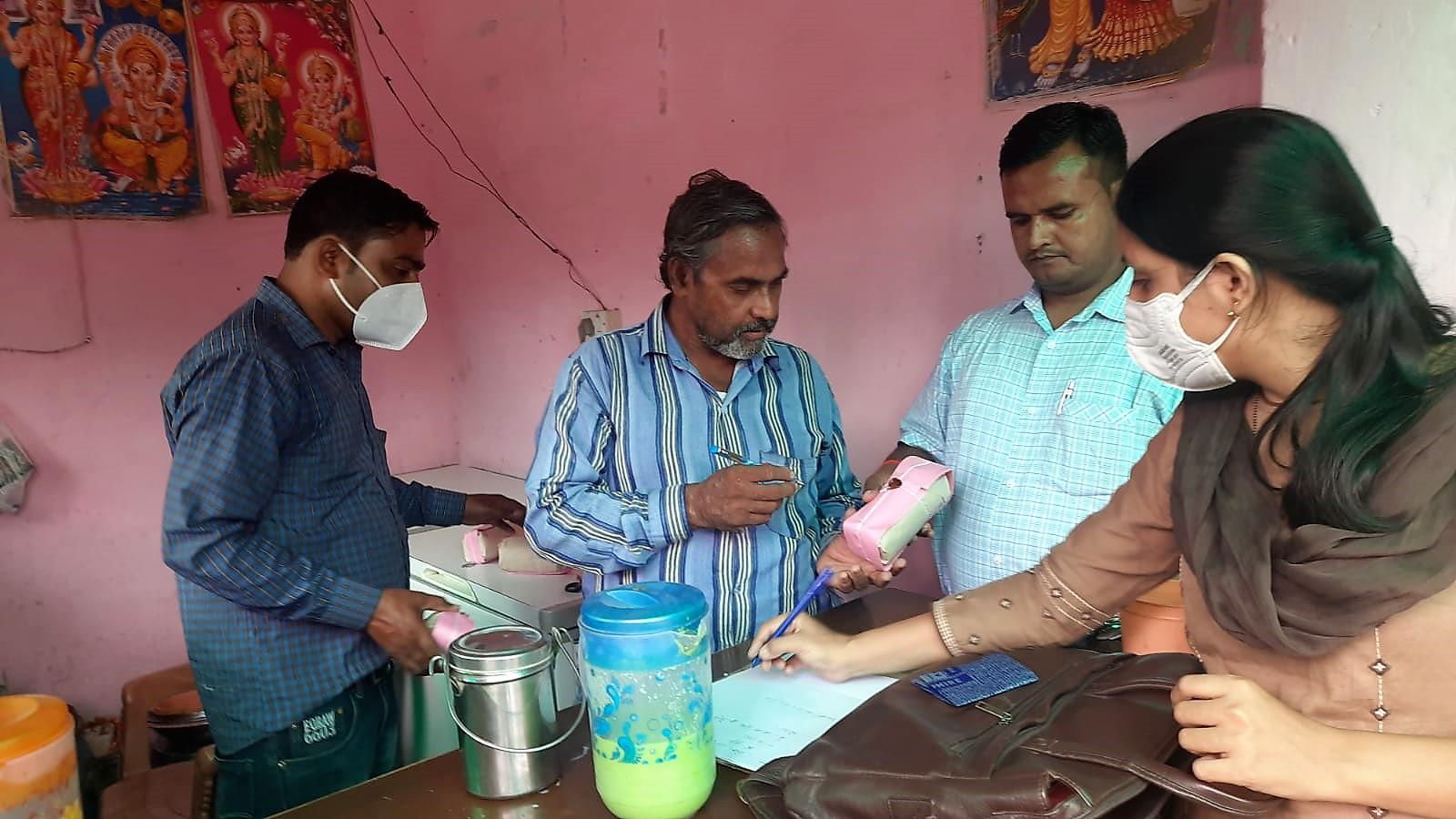 खाद्य सुरक्षा विभाग की 7 टीमों ने कई स्थानों पर की कार्रवाई, 13 सैंपल जांच के लिए कलेक्ट किए|कानपुर,Kanpur - Dainik Bhaskar