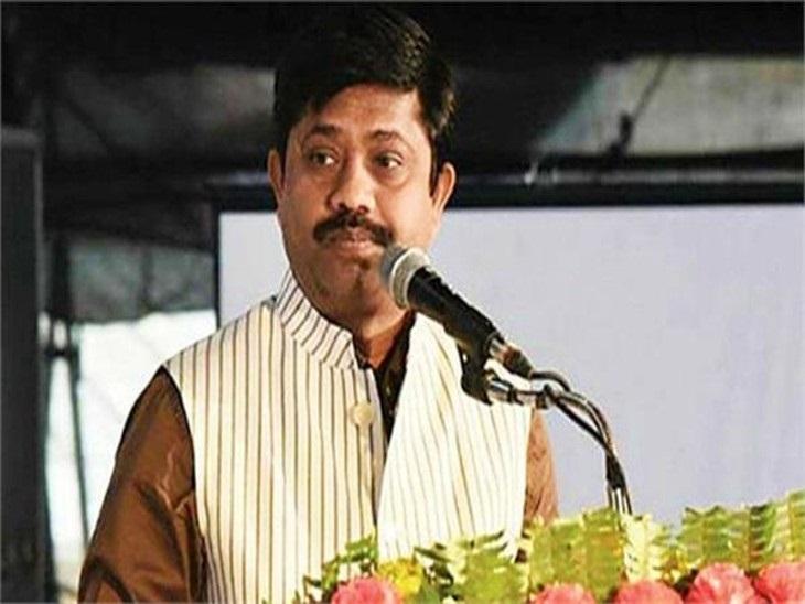 नंद गोपाल ने सपा अध्यक्ष को बताया बच्चा, कहा- अखिलेश थूक कर चाटने वाला काम करते हैं, प्रियंका चांदी की चम्मच लेकर पैदा हुई|वाराणसी,Varanasi - Dainik Bhaskar