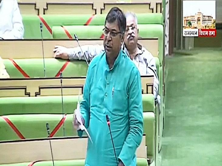 प्रदेश अध्यक्ष सतीश पूनियां ने पढ़ी रिपोर्ट, कहा- राजस्थान में देश में सबसे ज्यादा 27 फीसदी युवा बेरोज़गार|राजस्थान,Rajasthan - Dainik Bhaskar