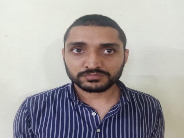 जयपुर में सेंटर से पेपर वॉट्सऐप पर सीकर टीचर के पास भेजा, पूरा सॉल्व नहीं हुआ तो हरियाणा भेजा, एक टीचर गिरफ्तार|जयपुर,Jaipur - Dainik Bhaskar