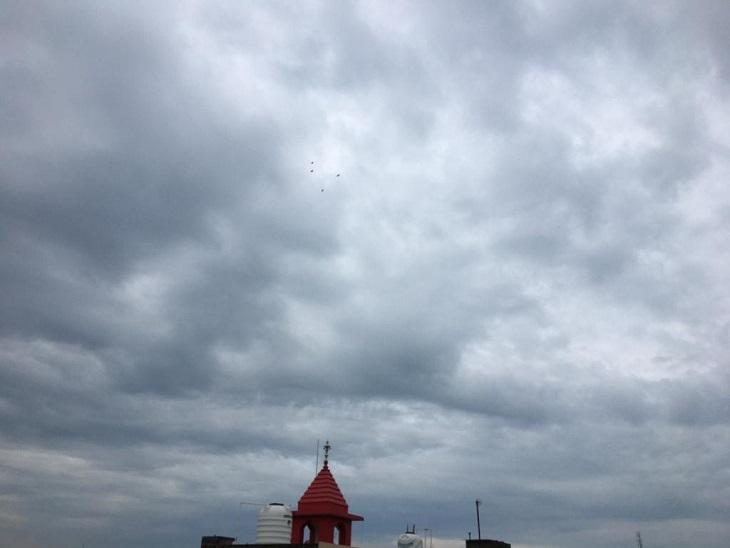 बारिश होने और बादल छाए रहने से तापमान स्थिर हुआ; बुधवार से मौसम साफ रहने की संभावना, हवाएं भी चलेंगी|पानीपत,Panipat - Dainik Bhaskar