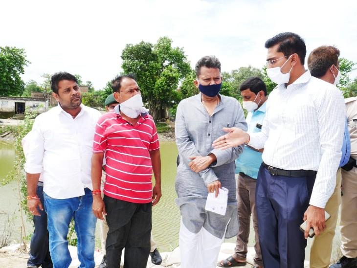 सुनील कुमार ने चकवारा पंचायत में पकड़ी तटबंध का निरीक्षण किया, मरम्मती को लेकर दिए निर्देश|बिहार,Bihar - Dainik Bhaskar