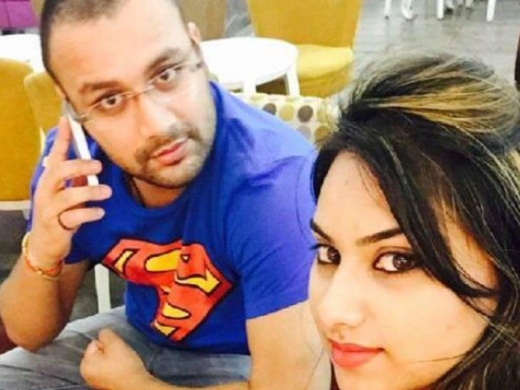 विधायक अमनमणि त्रिपाठी 9 जुलाई 2015 को पत्नी सारा सिंह के साथ कार से लखनऊ से दिल्ली जा रहे थे।