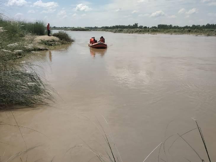 शाहजहांपुर में 36 घंटे बाद मिले गर्रा नदी में लापता हुए बच्चों के शव। - Dainik Bhaskar
