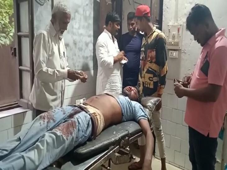 PMCH रेफर, घायलों में दो रिश्तेदार भी शामिल; बिहार-यूपी बॉर्डर पर हुआ हादसा सीवान,Siwan - Dainik Bhaskar