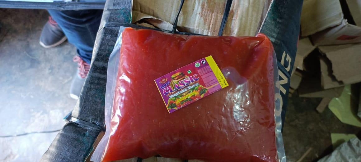 नकली रेड चिली सॉस