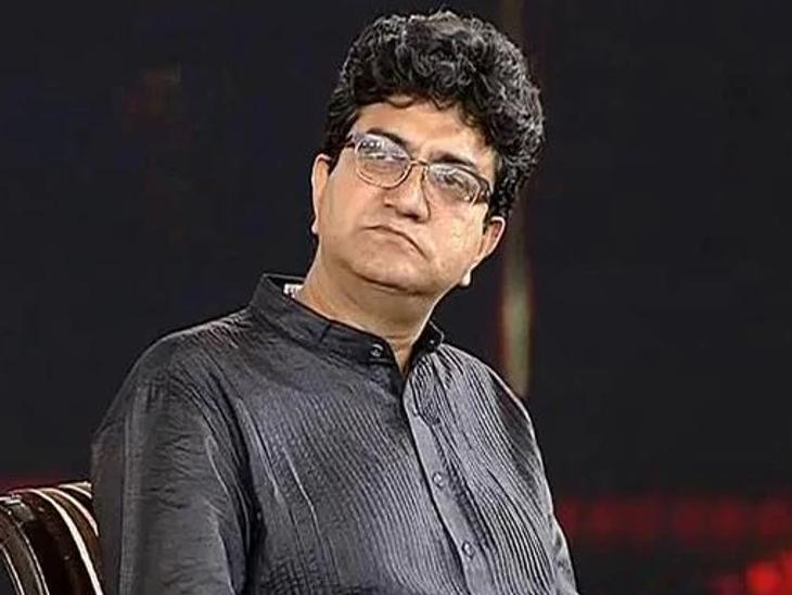 CBFC के चेयरमैन प्रसून जोशी ने कहा-हिंदी को रोजगार-आविष्कार से जोड़ने के लिए भगीरथ प्रयत्नों की दरकार, अंग्रेजी या बाकी तो हुनर की भाषा हैं; हिंदी हक की भाषा है बॉलीवुड,Bollywood - Dainik Bhaskar