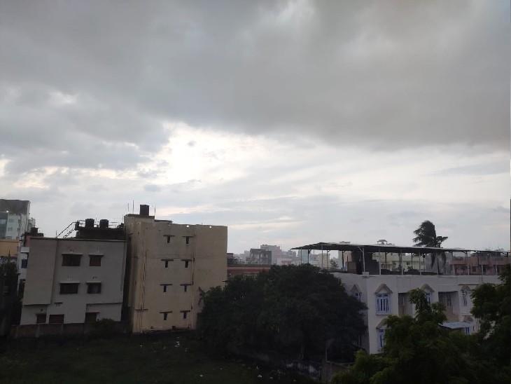 पटना में 40KM की रफ्तार से चल रही हवा, रात में हुई बारिश और सुबह थोड़ी राहत|पटना,Patna - Dainik Bhaskar