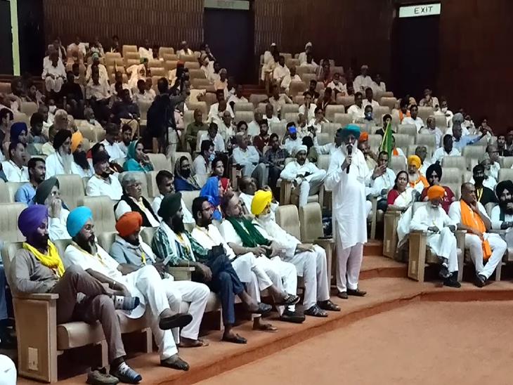 कई राज्यों के किसान नेता हुए किसान संसद में शामिल