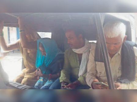 भोरे में हत्या के आरोप में पति-पत्नी की गिरफ्तारी। - Dainik Bhaskar