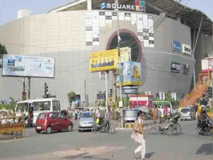 दो दिन के ट्रायल में सफलता मिलने के बाद मेट्रो के भूमिगत सेक्शन के निर्माण होने तक लागू किया जा रहा है ट्रैफिक डायवर्ज़न, नियम तोड़ने वालों पर होगी कार्रवाई|कानपुर,Kanpur - Dainik Bhaskar