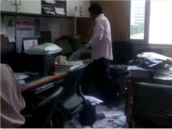 'नो रिपीट' के पक्के विश्वास के चलते शपथ ग्रहण से पहले ही पुराने मंत्रियों ने बंगले और ऑफिस खाली करने शुरू किए|गुजरात,Gujarat - Dainik Bhaskar