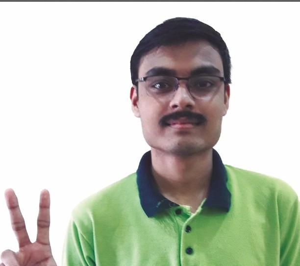अंशुल वर्मा ने जेईई-मेन आल इंडिया रैंक 1 प्राप्त की है।