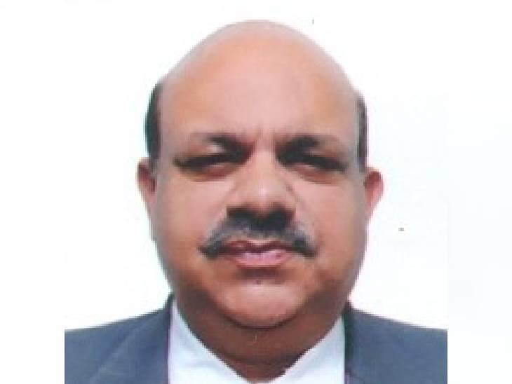 रिटायर्ड आईएएस जयदीप गोविंद। - Dainik Bhaskar