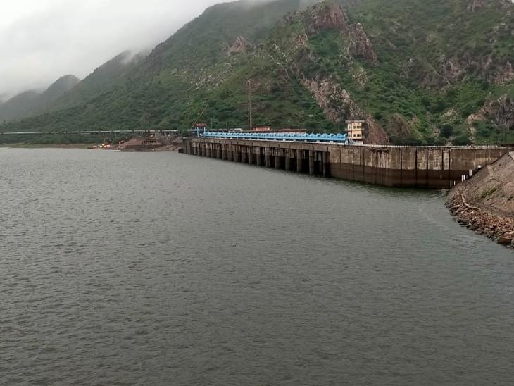 पेयजल सप्लाई में आज से होनी थी और कटौती, पानी की आवक होने के कारण नहीं हुई, 10 दिन पहले की थी 25-30 एमएलडी कटौती|टोंक,Tonk - Dainik Bhaskar