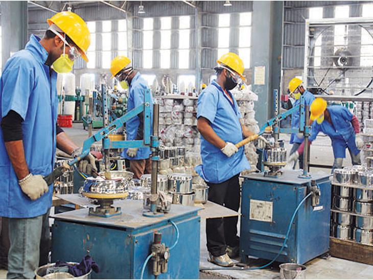 राज्य सरकार ने कोरोना काल में बिगड़े आर्थिक हालातों में दी राहत, 9 योजनाओं के 6248 बकायेदारों को फायदा|राजस्थान,Rajasthan - Dainik Bhaskar