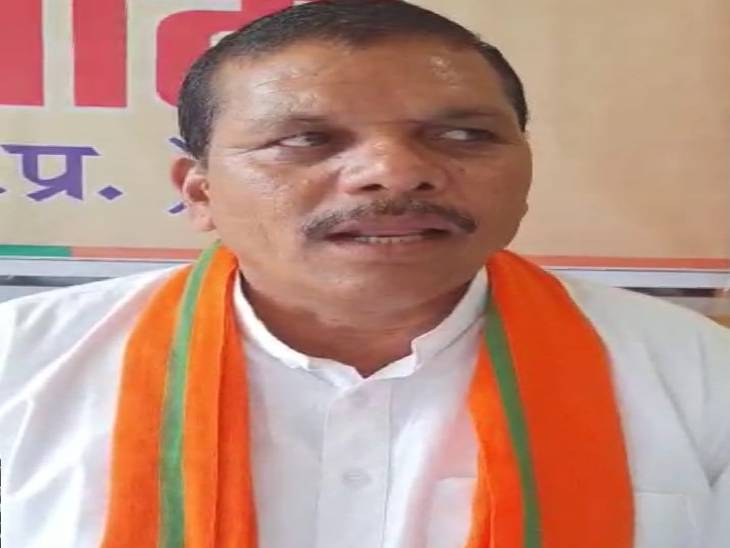 बीजेपी अनुसूचित जनजाति मोर्चा के प्रदेश अध्यक्ष कल सिंह भावर ने कांग्रेस पर साधा निशाना। - Dainik Bhaskar